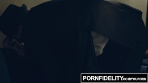 PORNFIDELITY - Riley Nixon Business Time Creampie