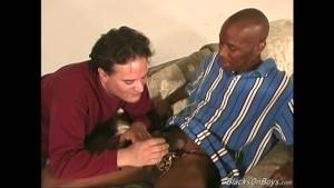 Middle aged kinky gay dude gets gangbanged