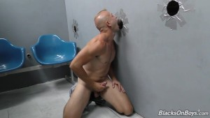 White guy finds hung black gay lover at a glory hole