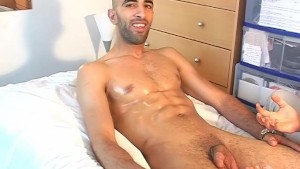 Real str8 french arab guy in a gay porn !