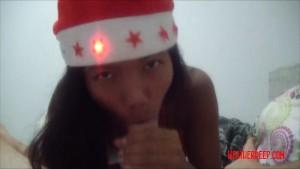 Christmas xmas porno deepthroat throatpie video from Thai teen Heather Deep