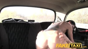 Fake Taxi Hot sexy milf rides
