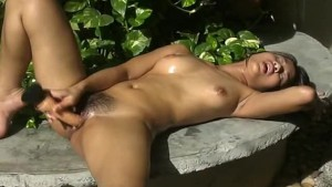Seductive and oiled up Asian hottie masturbates youjizz.con