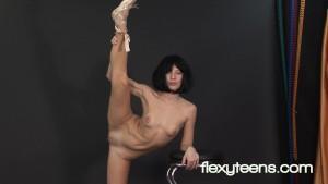 Professional black-haired Gymnast Rina