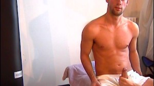 Franck A innocent delivery guy serviced his big cock