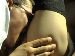 Professional couple have sex in the back seat (Part 1)