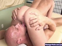 Forbidden extras in massage parlor p.2/2