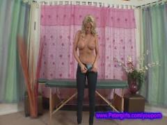 Big boob bubble butt Farah @ Petergirls