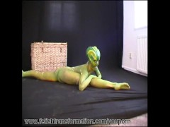 Flexi Jenny transformed into a reptile