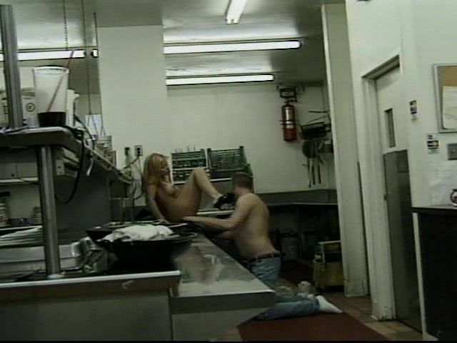blonde-gives-blow-job-in-the-kitchen
