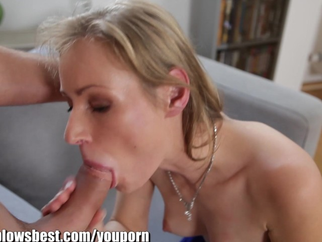 Mommybb young mature blond milf sucking he cleaning boy 3