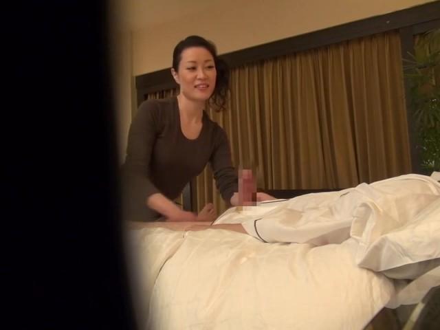 amatsoonit milf massage asian