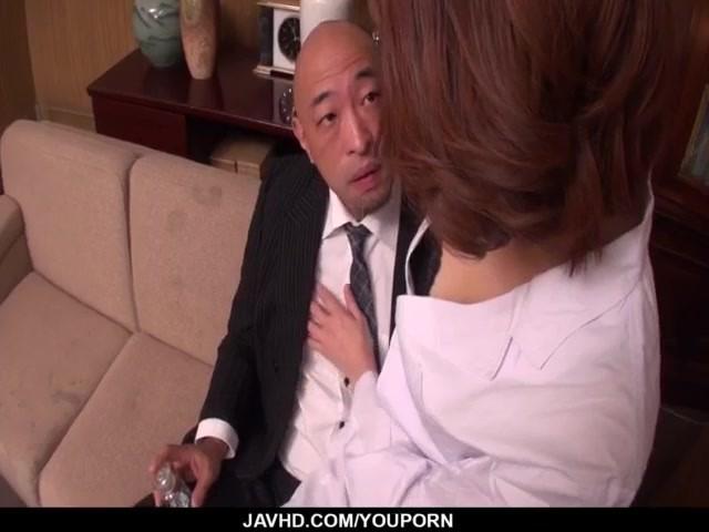erika-nishino-likes-to-pose-nasty-and-fuck-like-sluts