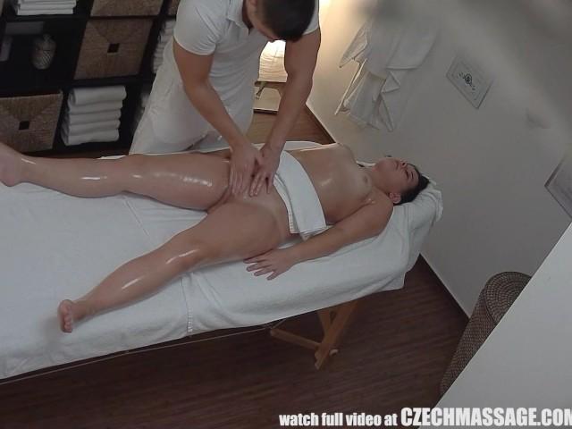 top massage brunette
