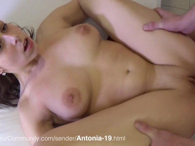 darling nikki is a naughty college slut