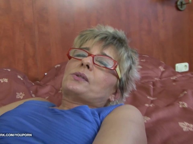 grandpa-with-glasses-first-time-anal-fucked-by-black-cock-hard-interracial