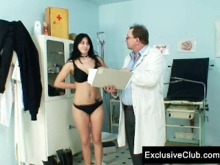 Adriana visiting gyno doctor for pussy