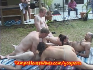 3 have yard orgy...