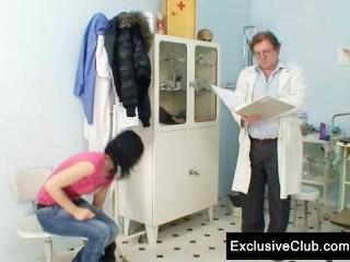 Brunette pavlina vagina old doctor...