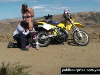 outdoor-fucking-in-the-desert-