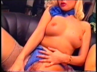 two-lesbos-having-fun-on-the-couch---pinko