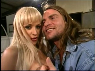 blondie-gets-an-assful-of-dick---sin-city