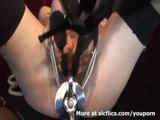 HUGE VAGINAL GAPING WITH HORSE SPECULUM DEVICE