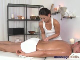 massage-rooms-beautiful-brunette-screams-from-intense-sensual-orgasm