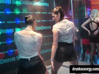 Bi club wenches having public sex...