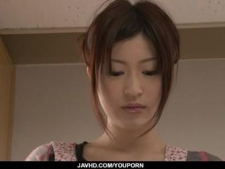 Riko Oshima amateur babe finger fucks in strong solo