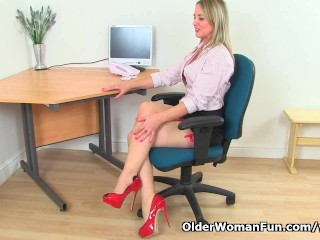 Sofia Masturbates At The Office...
