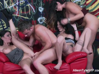 alison-tyler-shares-a-cock-with-dava-fox-jessica-jaymes