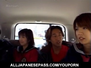 Airin okui and chick in suck boners in the car...