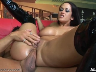 sexy-carmella-bing-gets-anal-and-dped-in-hot-threesome