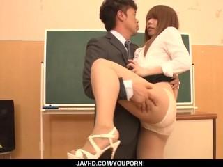 Iroha suzumura loves fucking at school...