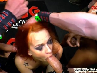 extreme-bukkake---dirty-mary-the-redhead-latex-queen