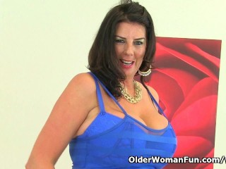 Busty And Lulu Lush Loves Masturbating In...