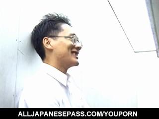 Japanese Av Model In Heats Endures Cam...