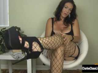Milf charlee chase stuffs her pussy...